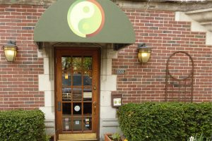 """Health & Wellness"" Downtown Oak Park's Healing Oasis"