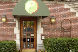 """""""Health & Wellness"""" Downtown Oak Park's Healing Oasis"""